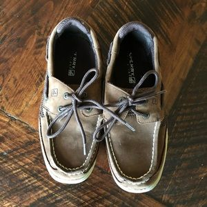 Boys Sperry Top Sider boy shoes size 2.5